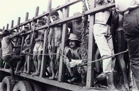 Na definição contemporânea, o trabalho degradante e a jornada excessiva são conceitos de trabalho escravo (Wagner Moura)