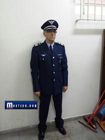 O falso tenente coronel que identificou-se como Luis Antonio Morgon Filho.  Foto reprodução do site montedon.com