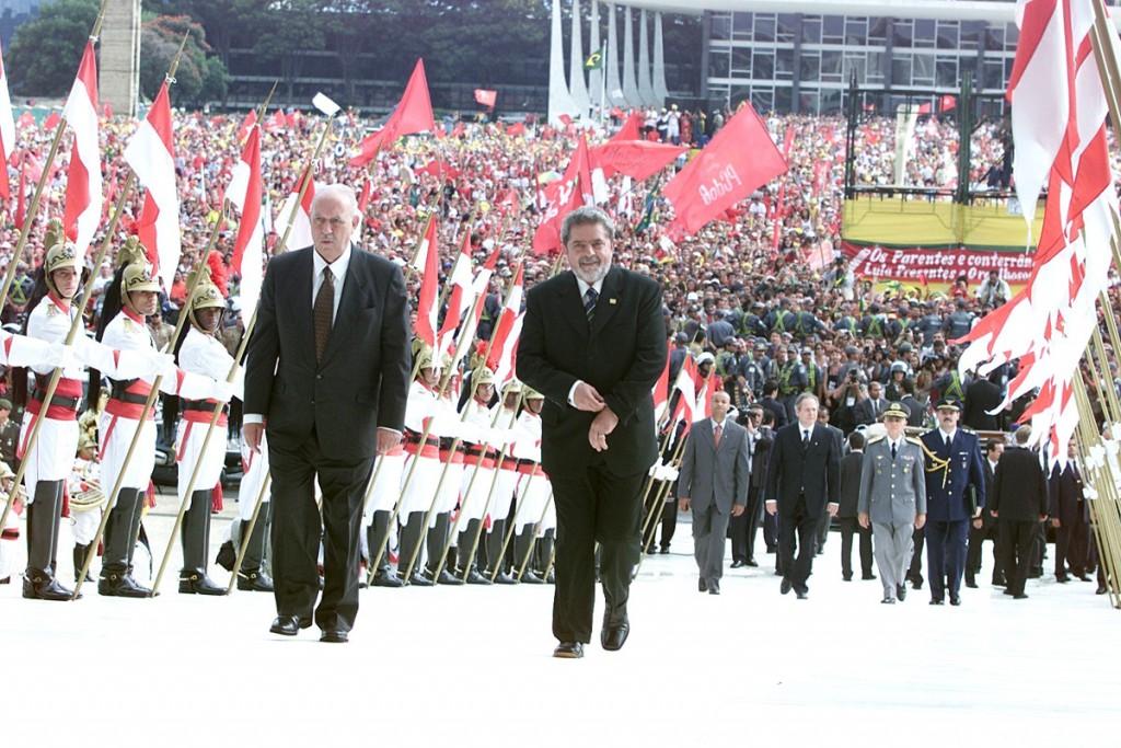Na primeira posse de Lula(2004), o Brasil se reencontrou.