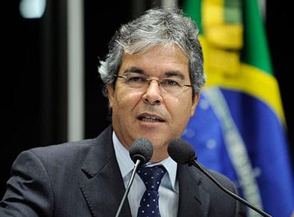 """Jorge Viana: """"parte da elite brasileira tem preconceitos, xingam os nordestinos"""" Foto: Pedro França/Agência Senado"""