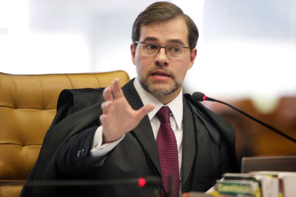 Dias Tofoll: alerta aos colegas ministros do STF